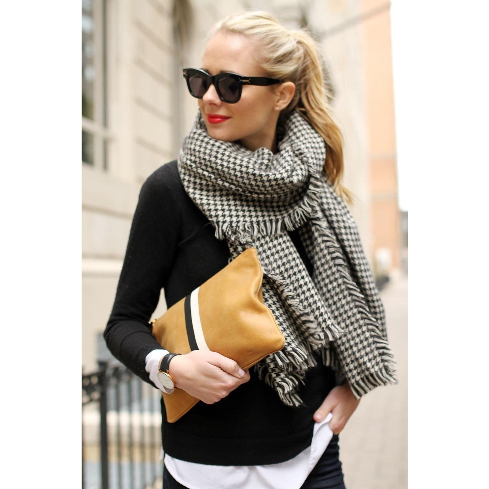 Dogtooth Patterned Oversized Scarf