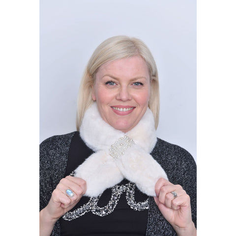 White Faux Fur Pearl Detail Collar