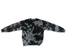 Load image into Gallery viewer, Camo Crew Neck
