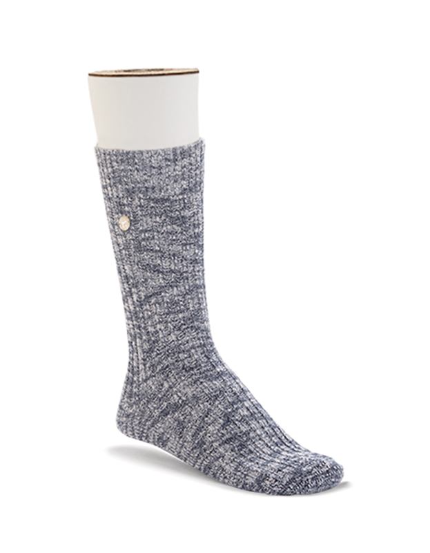 This casual blue/grey cotton sock is the height of fashion thanks to its design- and boasts a high level of soft, skin-friendly cotton.  The fit is enhance by the pliant cuff and flat toe option.  The reinforced heel and toe sections offer lasting comfort by boosting durability and providing the feet with the ultimate protection.