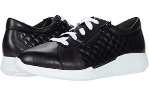 Munro Emmie Black Leather Sneaker (Women)