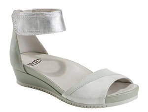 Earth Sagittarius Off White Sandal (Women)