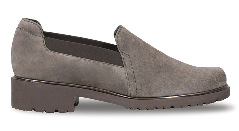 Munro Becca Brown Suede Loafer (Women)