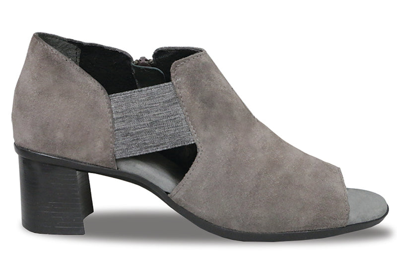 Munro Sable Ash Grey Suede Shootie (Women)