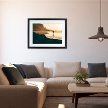 Laden Sie das Bild in den Galerie-Viewer, GOLDEN HOUR - FINEART PRINT MIT RAHMEN & PASSEPARTOUT