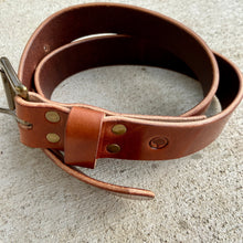 Load image into Gallery viewer, Wicket & Craig Medium Brown Harness Leather Belt