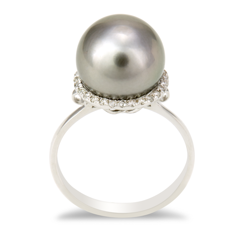 14K White Gold Diamond and Black Pearl Ring