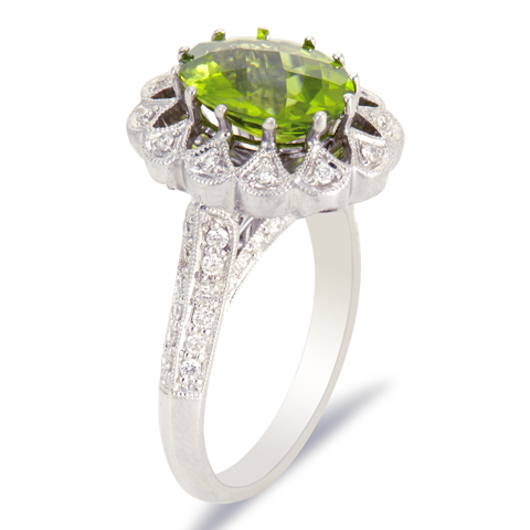 18K White Gold Diamond and Peridot Ring
