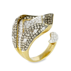 18K Yellow Gold White and Brown Diamond Ring