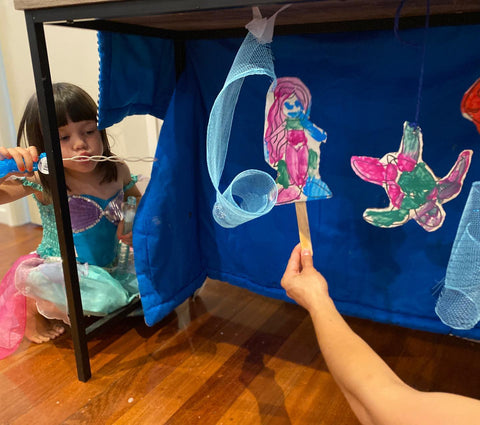 Under the sea set with bubbles