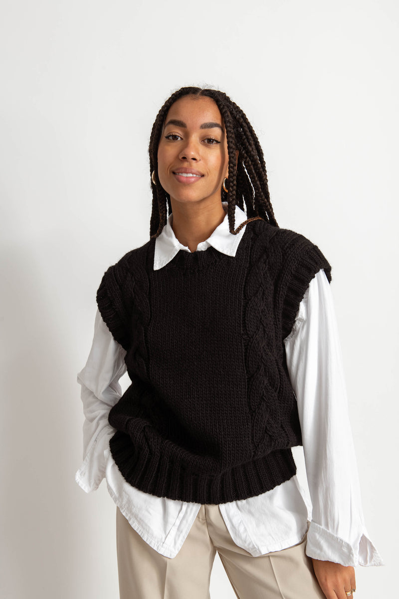 Freja Sweater Vest - Black