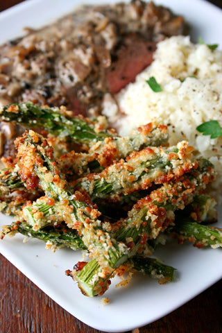 scratchDC Au Poivre w/ Choice of Protein, Crispy Roasted Asparagus and Cheesy Cauliflower Mash