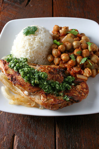 Tandoori Chicken or Shrimp w/ Curried Chickpeas (Chana Masala) and Mint Chutney over Rice