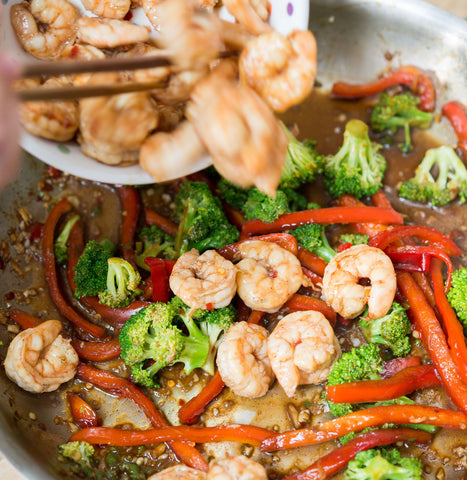 Ginger Garlic Beef Sirloin or Shrimp Stir Fry w/ Broccoli & Peppers over Rice Noodles