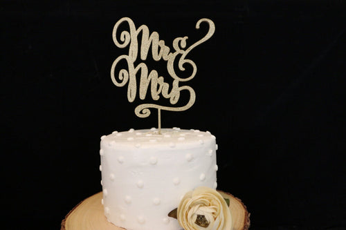 Mr and Mrs Elegant Script Wedding Cake Topper