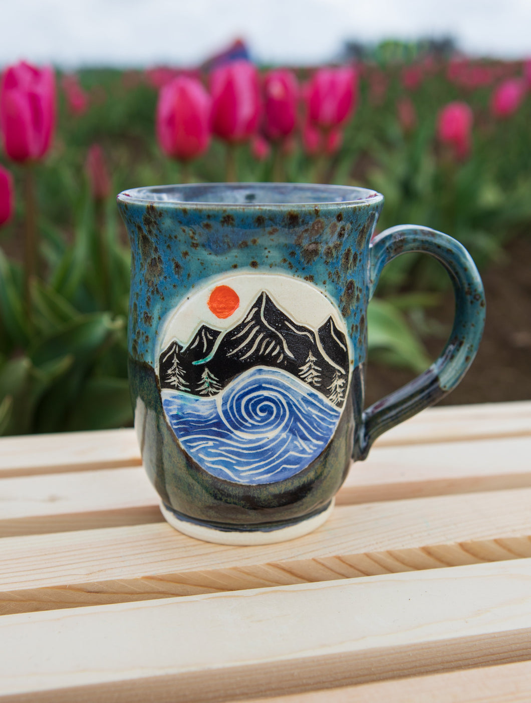 Mountains to Sea Mug - Shipwreck blue & Black