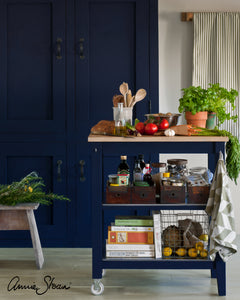 Oxford Navy, Chalk Paint™ by Annie Sloan at Love Restored Oxford Navy Kitchen