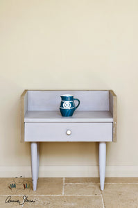 Annie Sloan Chalk Paint™ Paloma Side Table