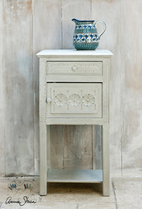 Annie Sloan Chalk Paint™ Paris Grey Side Table
