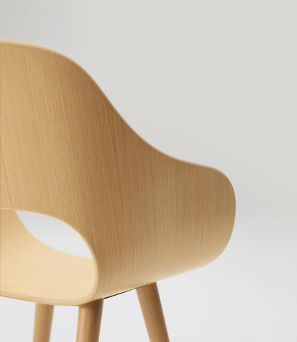 Roundish Armchair Wooden Seat