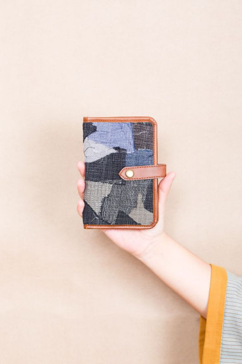 Bon Voyage' Passport Holder