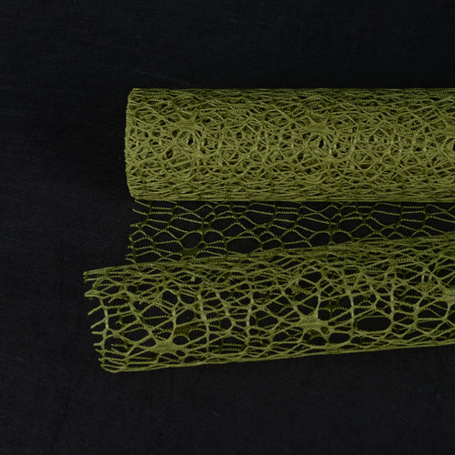 Spring Moss  - Mesh Wrap -  ( 21 Inch x 6 Yards )