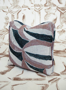 NOTO CUSHION - CRESCENT