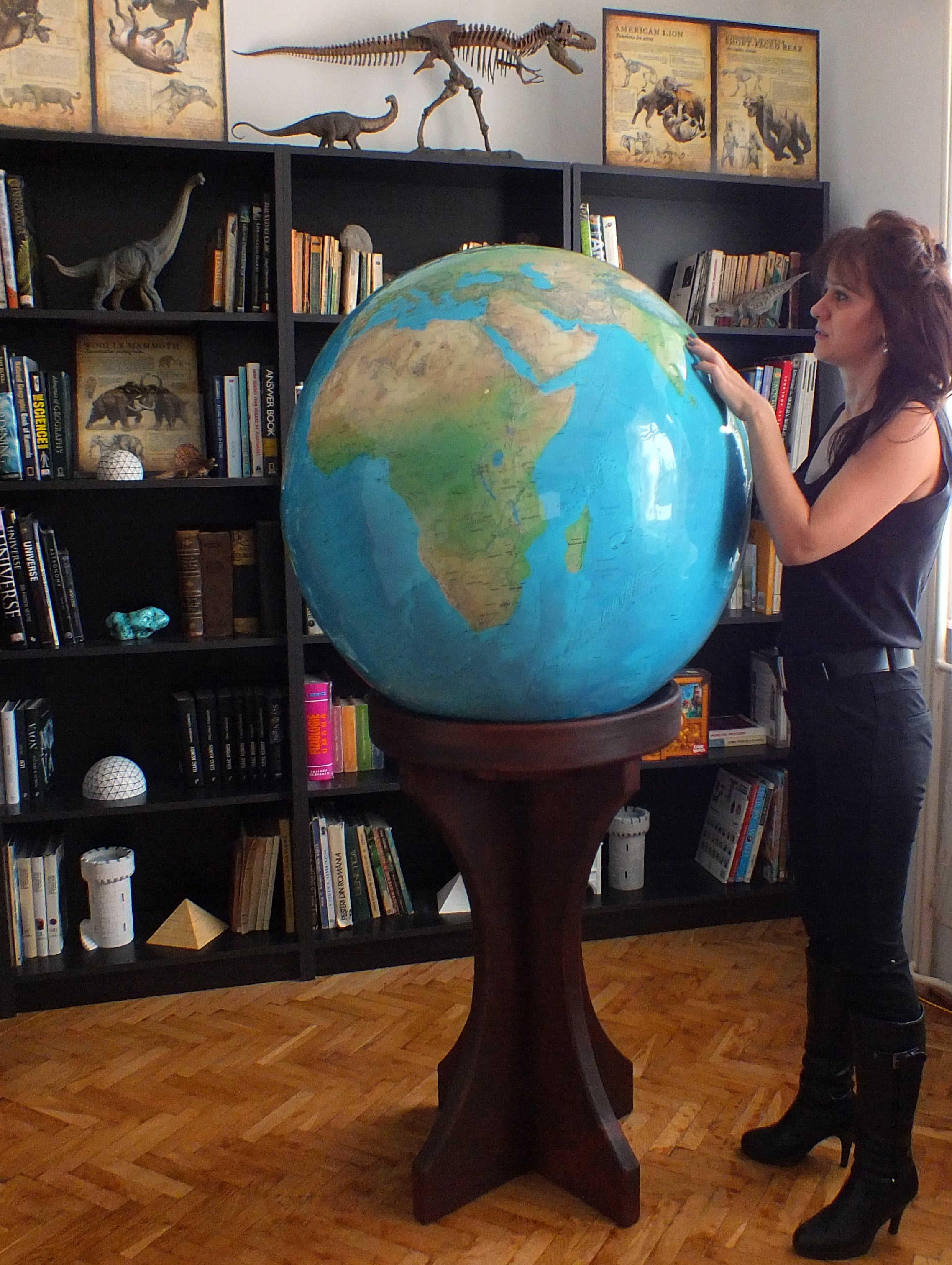 "80cm (31.5"") Large World Globe ""Blue Planet"" model - LargeGlobes.com"