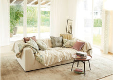 Laden Sie das Bild in den Galerie-Viewer, Sophisticated Living Solid Wave Sofa