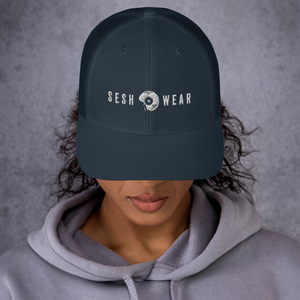 SESH WEAR RETRO TRUCKER CAP