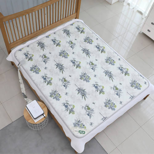 Love in the Forest Warm Water Electric Heating Mat #Double (79in x 59in)