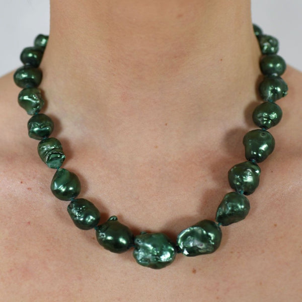 Rhodium.p silver w green pearls