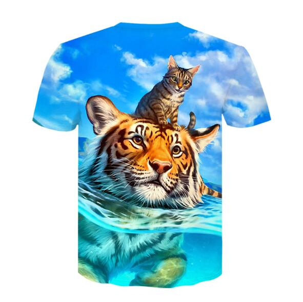 Cat and Lion 3-D Graphic T-shirt