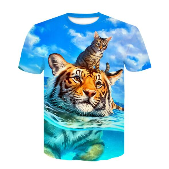 Cat and Lion 3-D Graphic Tees