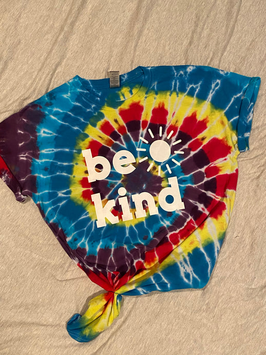 Be Kind Tie dye - Buggy Boos Embroidery