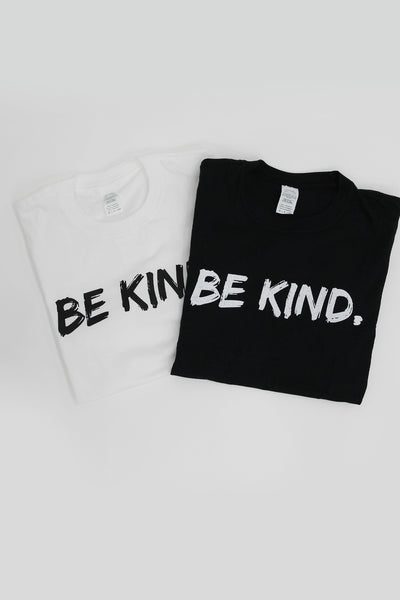 Be Kind Slogan T-shirt in Black