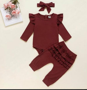 Personalised Frilled 3 piece set - BCV Personalised