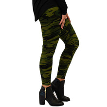 Load image into Gallery viewer, Green Camo Legging