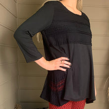 Load image into Gallery viewer, Lace Point Tunic  (bundle)