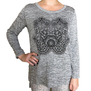 3/4 Sleeve Heathered Top w/ Graphic Design (bundle)