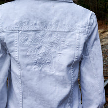 Load image into Gallery viewer, Cropped White Denim Jacket W/ Embroidery