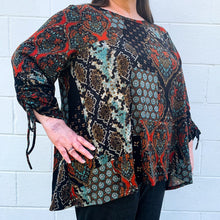 Load image into Gallery viewer, L/S Mixed Media Hacci Tunic Curvy