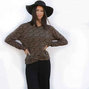 Cheetah L/S Crew Neck Crossover Hem Fleece Sweatshirt (bundle)
