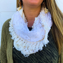 Load image into Gallery viewer, Yeliz Ivory Lace Infinity Scarf