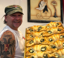 Load image into Gallery viewer, Volker's Bakery Utah - Black Forest Ham & Havarti Cheese Croissants