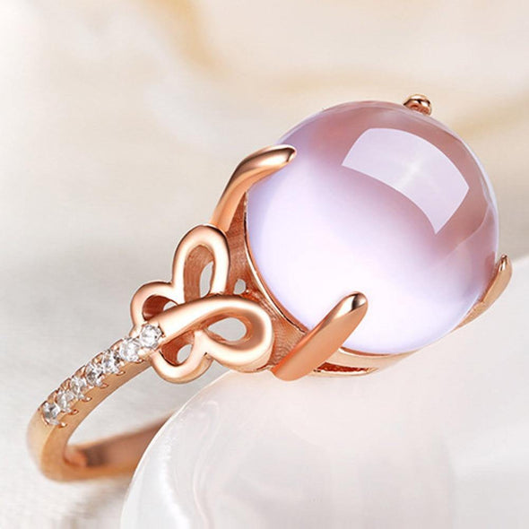 Crystal luxurious Ring