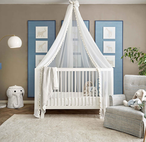 Choosing the best luxury cot bed for your baby