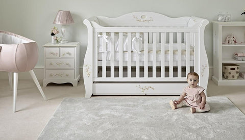 How to plan the nursery layout for a newborn