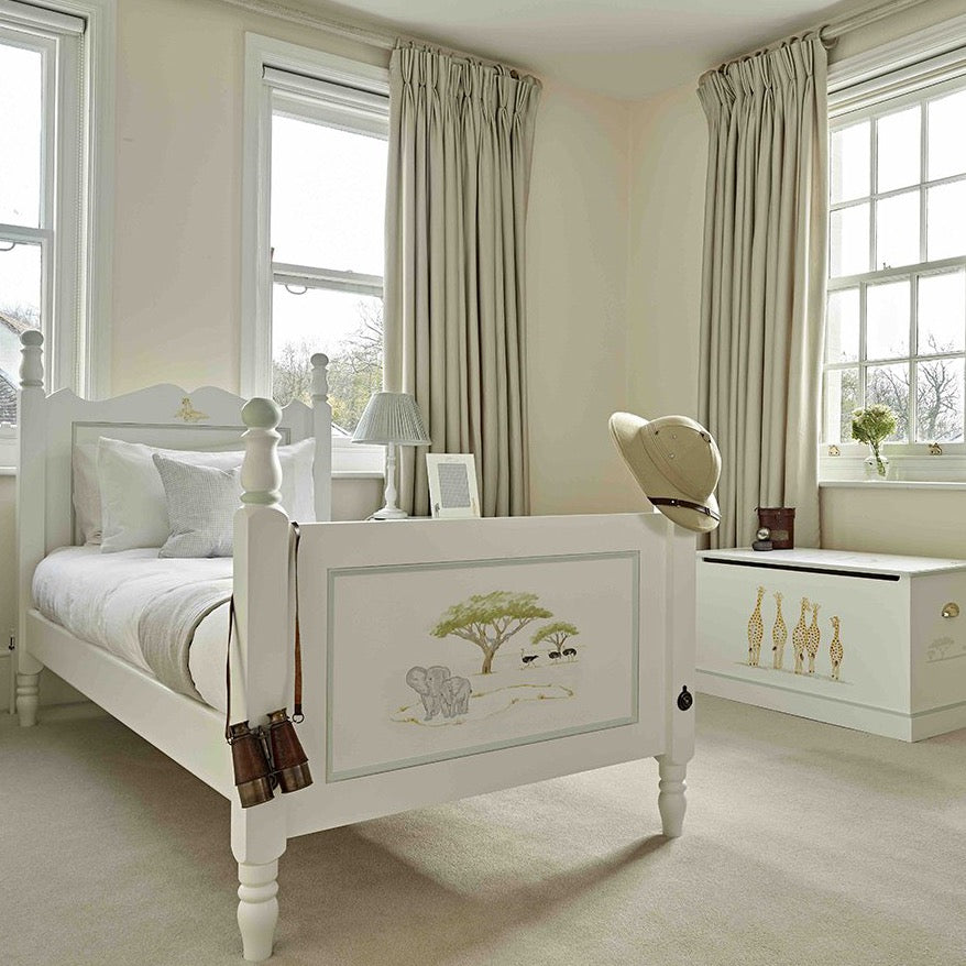 William Bedroom Set