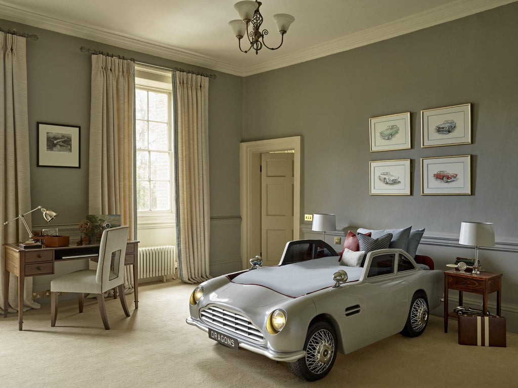 The Dragons VC150 - Vintage Car Bed